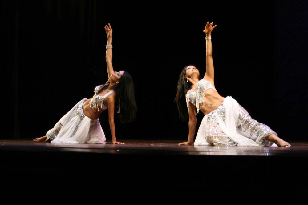 Duo di Danza Orientale - Dance Emotion