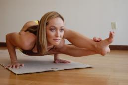 Ashtanga-yoga_Dance-emotion