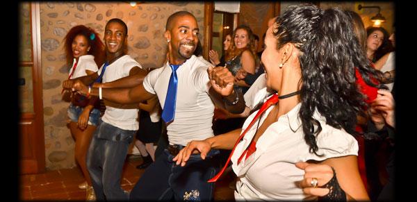 Ballo latino di gruppo
