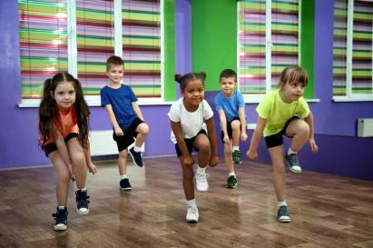 Kidsdancing_1400.jpg